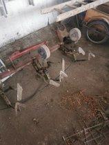 Acker und Landmaschinen