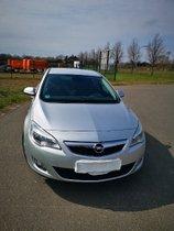 Verkaufe Opel  Astra J 140 PS Bj 2011 Tüv bis 09/2022 gepflegt mit wenig KM 89056