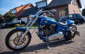 Harley-Davidson, HD Rocker C, Thunderbike Umbau, Bj.5/2008, 1Hand.