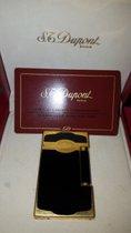 S.T. Dupont Feuerzeug, Chinalack - Gold