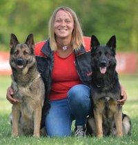 Herzlich Willkommen bei Tinas Hundehüttn -