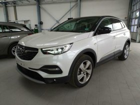 OPEL Grandland X INNOVATION 1.5D AT-8 Gang Panoramad.