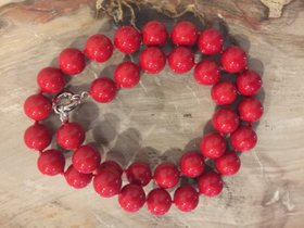 Rote Muschel Kern Perlenkette mit 925 Silber Verschluss 14 mm