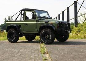 Land Rover Defender 90 9.5 XP Winde warnen