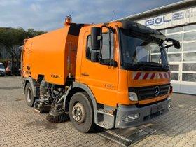 Mercedes-Benz ATEGO 1524 4x2 Kehrmaschine FAUN Viajet 6R/H