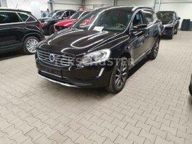 VOLVO XC60 Summum 2WD 2,0D  AUTOM/LEDER/PANORAMA
