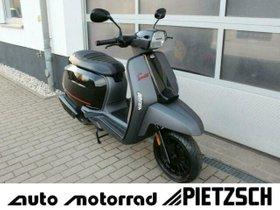 LAMBRETTA V 125 Spezial Pirelli Edition AKTION