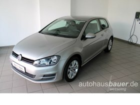 VW Golf VII Trendline 1,2 l TSI - Composition Touch, PDC v+h