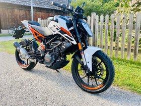 KTM Duke 125 -2020 weiß