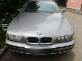 BMW 520 i  Klimaanlage  1/1999   Tüv : 5 /22