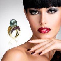 Eine Perle unter den Ringen - Der Perlenring mit Brillanten und einer schwarzen Tahitiperle