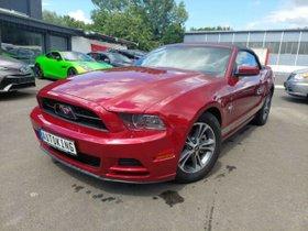 FORD Mustang 3,7l Rot 2013 Schick Geräumig