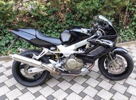 Honda VTR 1000 Firestorm * tausche gegen Triumph Speed Triple *