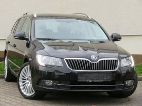SKODA Superb Combi Best Of Leder Navi Xenon 18°1Hand