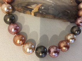Muschel Kern Perlenkette 16 mm Multicolor mit 925 Silberverschluss