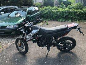 APRILIA SX 125 Super Moto 81 Km mit Zulassung Euro 5 ABS