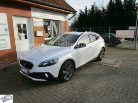VOLVO V40 Cross Country You! D2 1,6D TÜV 03/2023