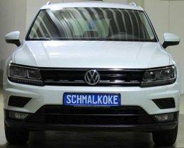 VW Tiguan 2.0 TDI SCR 4Mot Sound AHK Navi LM17