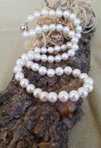Fantastische hochfeine Perlenkette mit 585 Goldverschluss