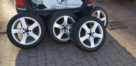 Orig Mercedes Winterräder 245/45 R17 mit original Alu-Felgen