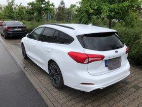 Ford Focus ST-Line - Ein Traum in weiß