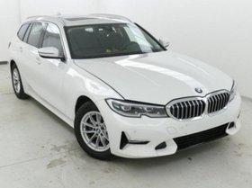 BMW 318d Sports.Leder LiveProf.PanoDach Parkass.HiFi