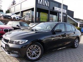 BMW 320d xDrive Sport HUD ACC DAB Parkass.Navi Alarm