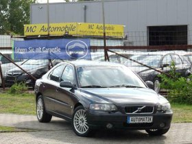 VOLVO S60 Lim. 2.4-LEDER-TEMPOMAT-AUTOMATIK !!