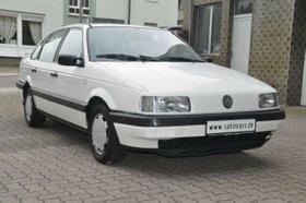 VW Passat 1.8 AUTOMATIK HU-10.22/2.HD/H-KENNZEICHEN
