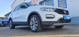 VW T-Roc 1.0 TSI Style Car Play Navi Bluetooth Ganzjahresbereifung 17 Zoll