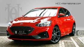 FORD Focus ST 2.0 Ecoblue Styling + LED +HeadUp + ACC