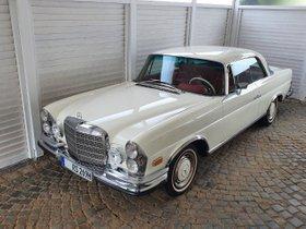 Mercedes-Benz 280 SE W 111 Cremweiss