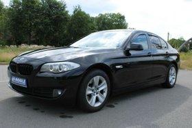 BMW 520d Xenon Einparkhilfe Tempomat SHZ Navi